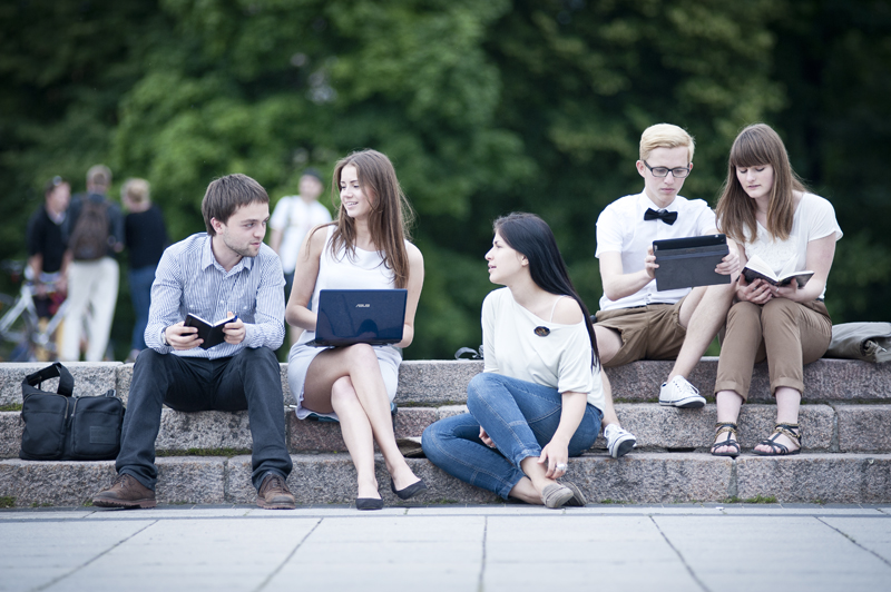 Students and alumni 1st